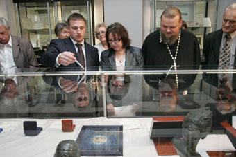 Презен��ация работ, представленны�� Московски���� Монетным двором